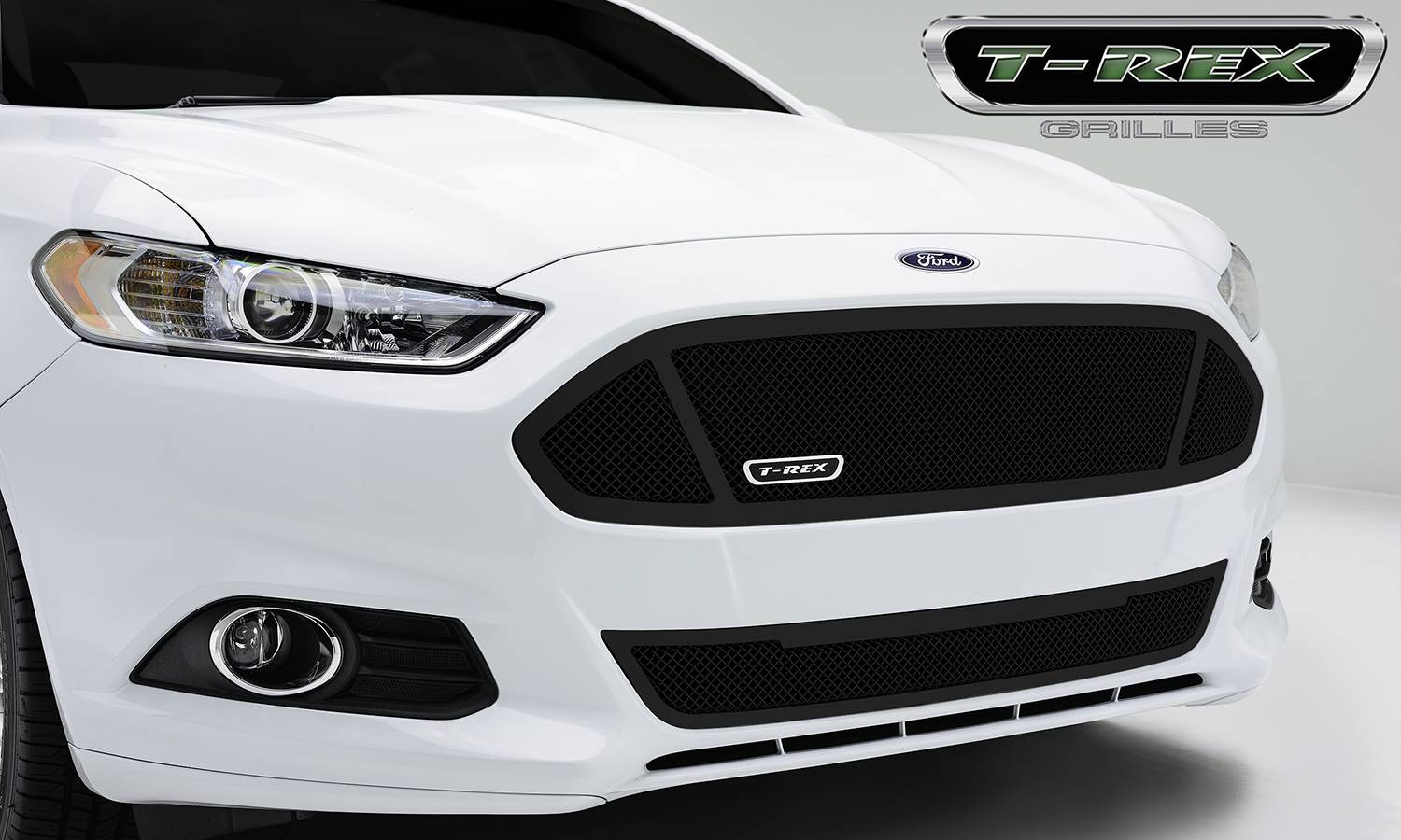 T rex ford fusion upper class formed mesh grille main with 3 windows replacement 1 pc black powdercoated mild steel pt 51531