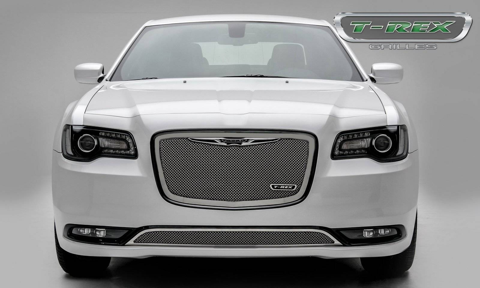 Chrysler 300 Upper Class Series Main Grille Replacement With