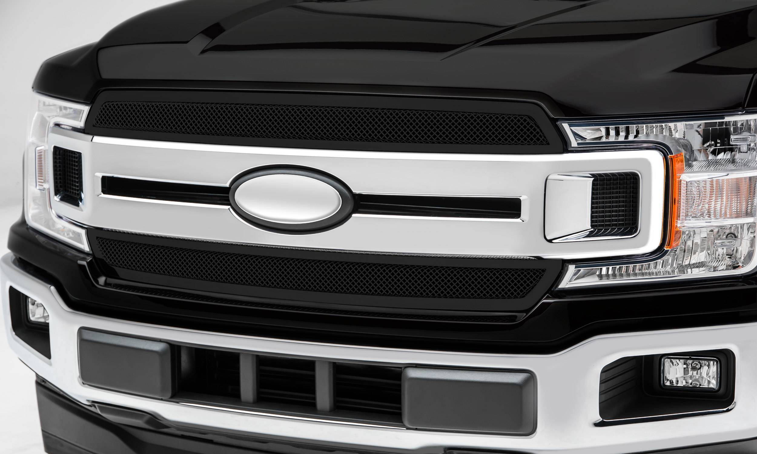 2018 2020 F 150 Xlt Lariat Upper Class Series Main Grille Black 2 Pc Overlay Insert Does Not Fit Vehicles With Camera Pn 51711