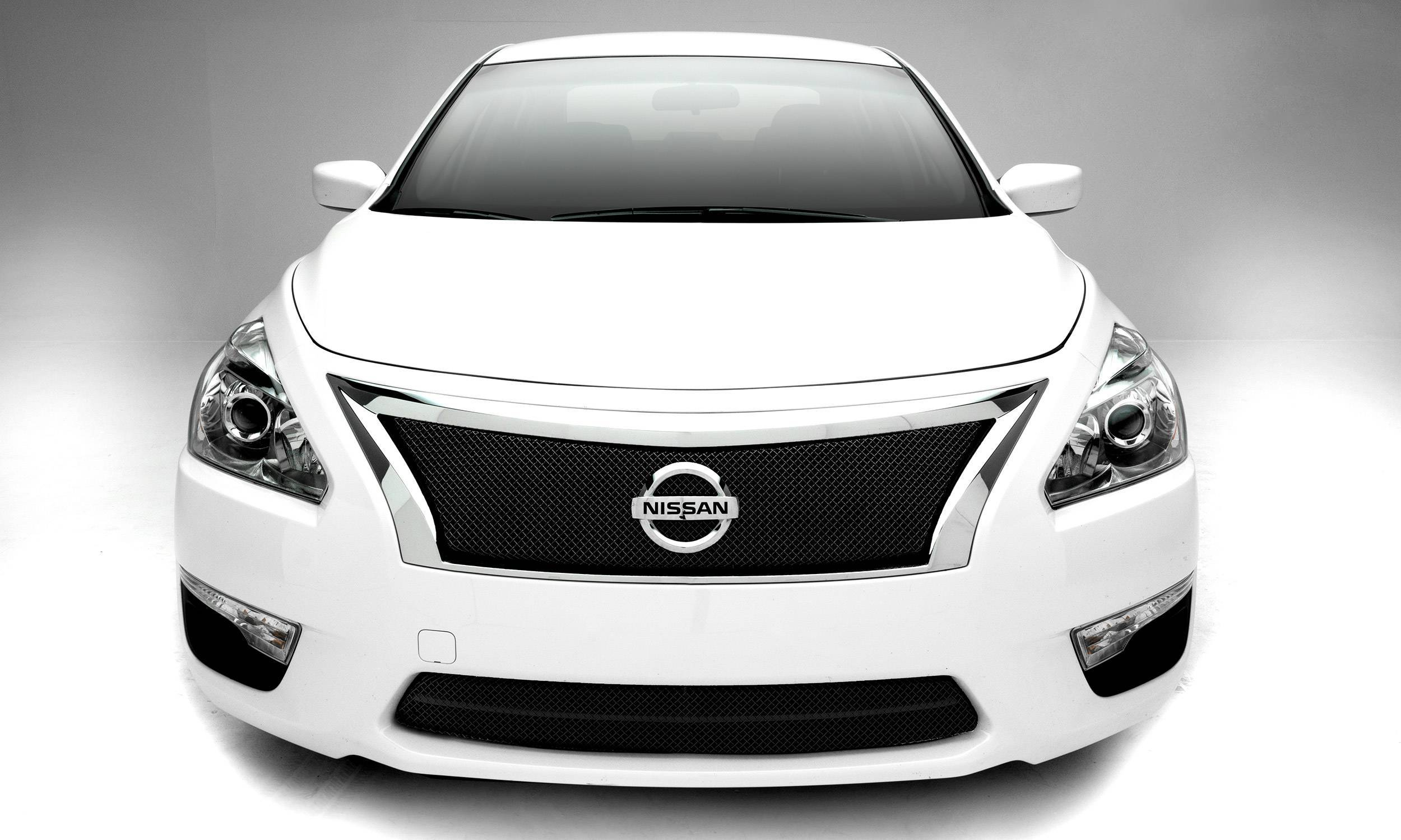 Nissan Altima Black Sports Series Main Grille