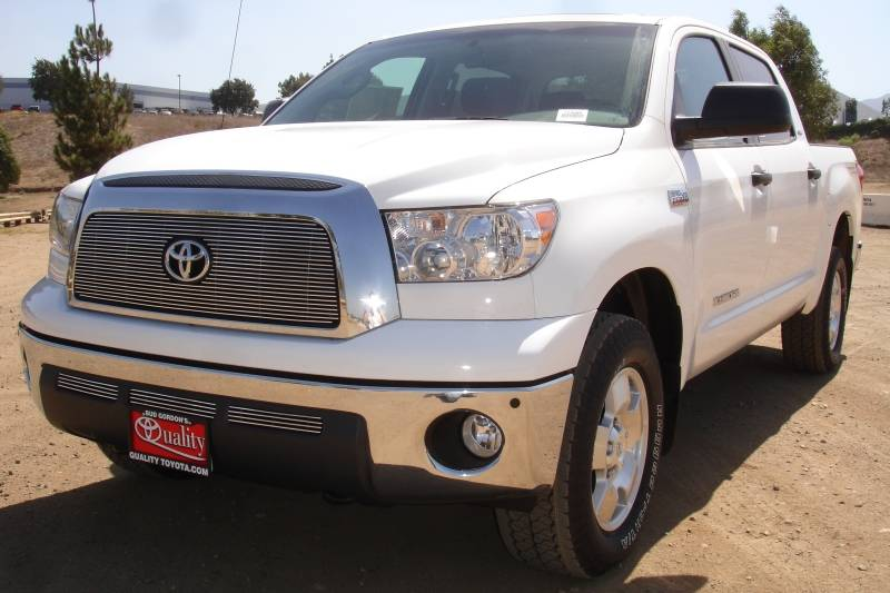 T-REX Grilles - Toyota Tundra  Billet Grille Overlay/Bolt On - with logo Opening - Pt # 21959