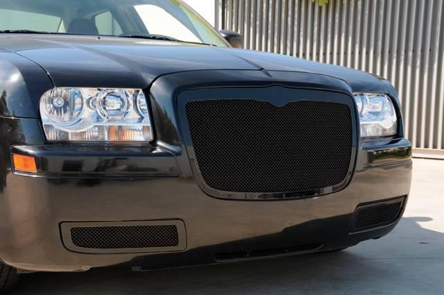 T-REX Grilles - 2005-2010 Chrysler 300, 300C, SRT Upper Class Grille, Black, 1 Pc, Replacement - PN #51471