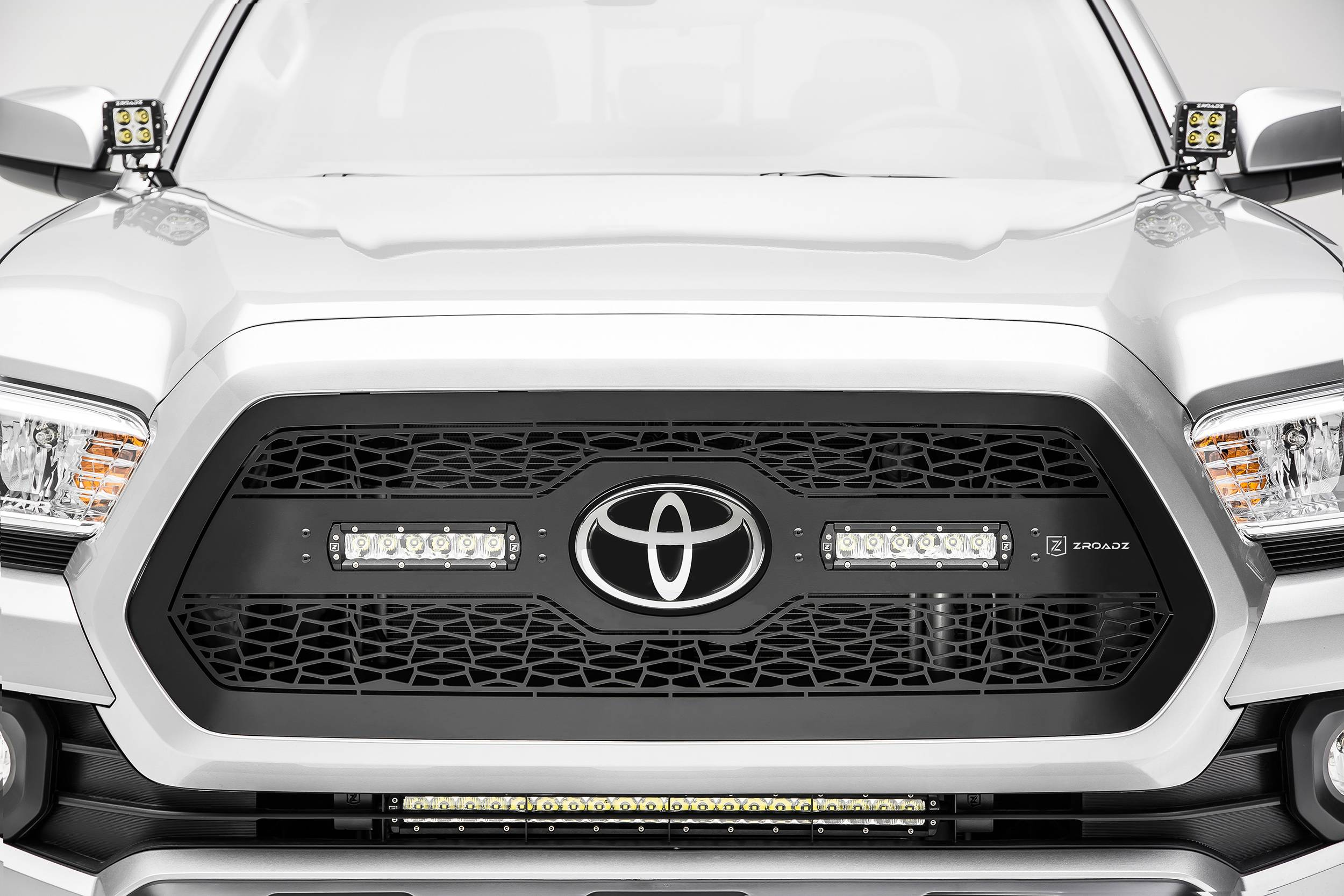 Toyota Tacoma - ZROADZ Series - Main Insert - Grille w/ two 6 Inch Slim Line Single Row LED Light Bar - Includes Universal Wiring Harness - Accepts factory TSS logo - Part# Z319511