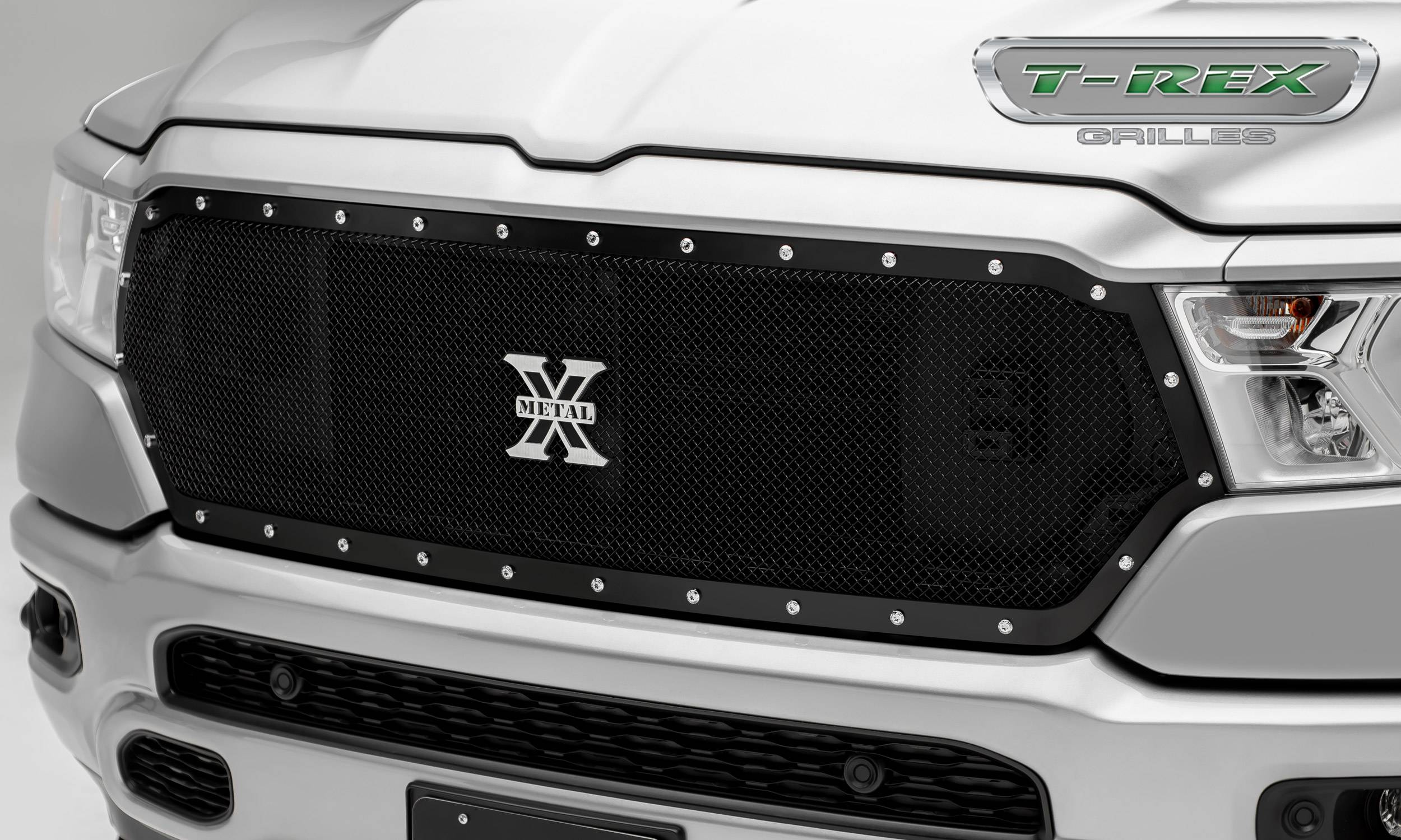 T-REX Grilles - RAM 1500 - X-Metal Series - Main Grille Replacement w/ Formed Mesh & Chrome Studs - Black Powder Coat Finish - Pt # 6714651