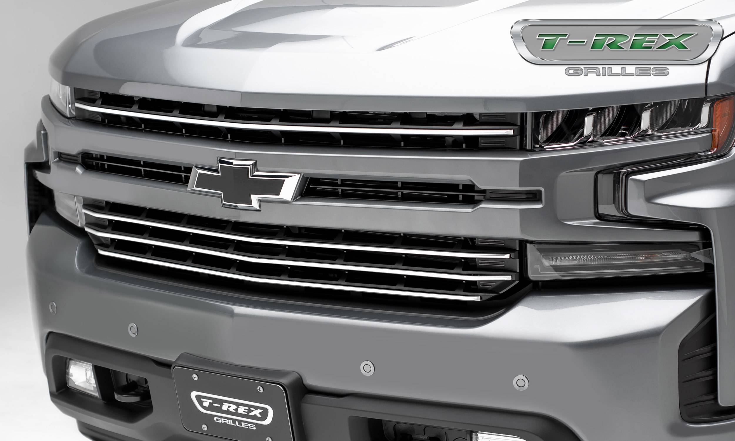 T-REX Grilles - Chevrolet Silverado 1500 2019 Billet Grille, Horizontal Round, Silver Powder Coat Finish, Aluminum, 4 Pc, Overlay - Pt #6211236