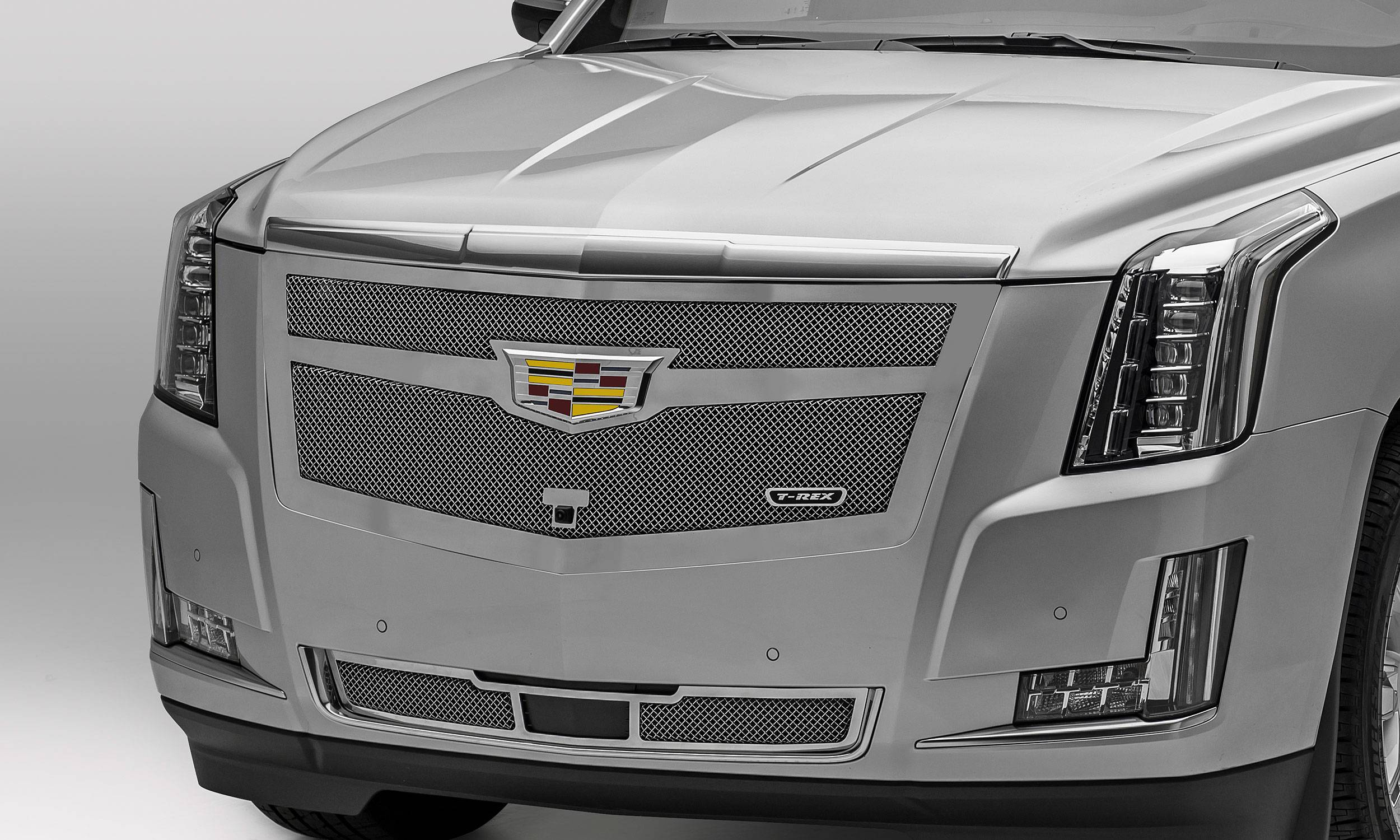 T-REX Grilles - 2015i-2020 Escalade Upper Class Grille, Chrome, 1 Pc, Replacement, Fits Vehicles with Camera - PN #56181