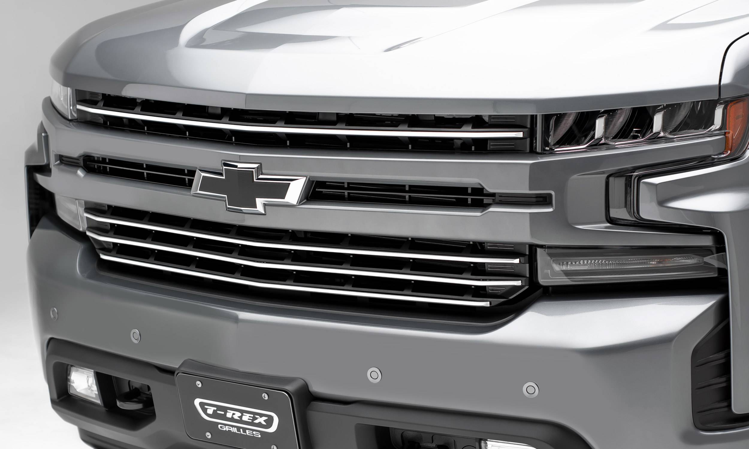 T-REX Grilles - 2019-2021 Silverado 1500 Trail Boss, RST, LT Round Billet Grille, Horizontal Round, Brushed, 4 Pc, Overlay, Does Not Fit Vehicles with Camera - PN #6211233