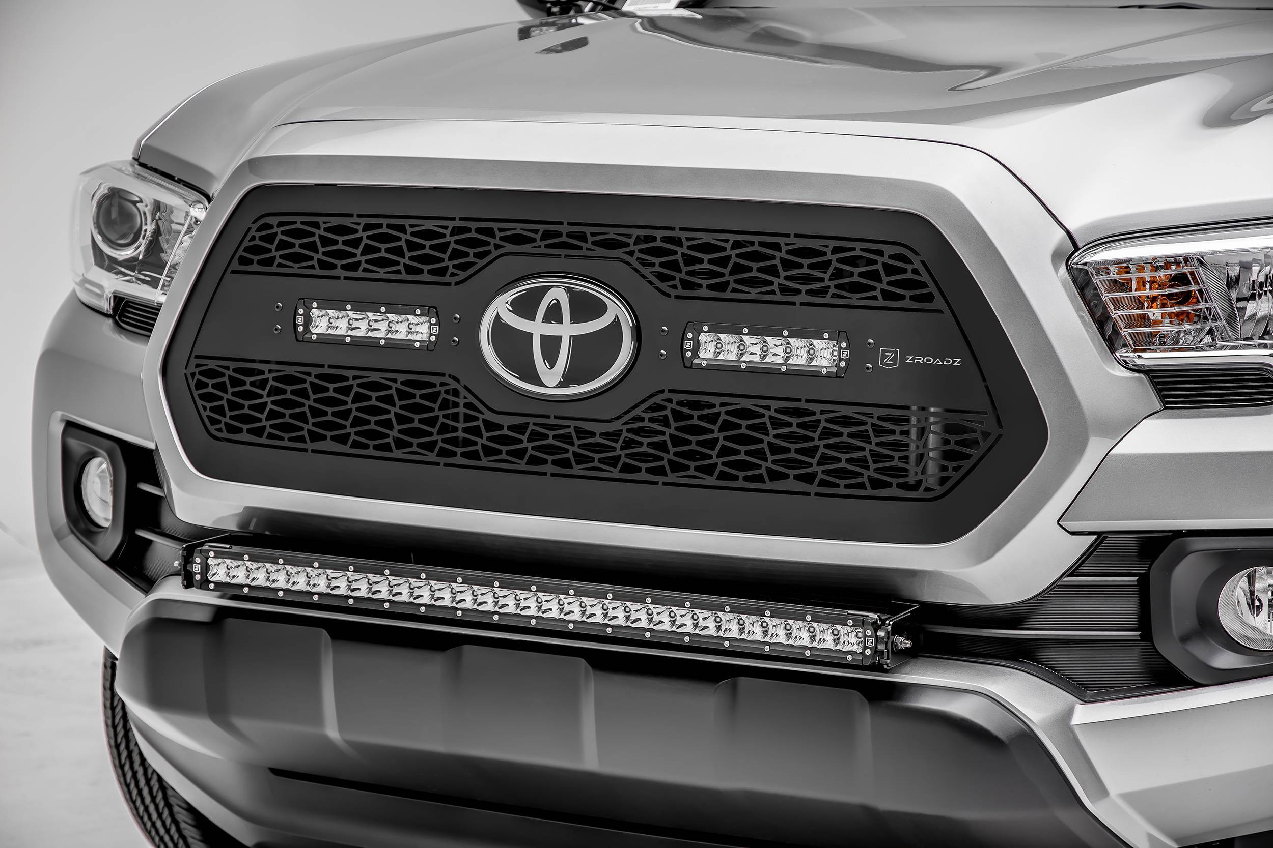 ZROADZ OFF ROAD PRODUCTS - 2018-2021 Toyota Tacoma Front Bumper Center LED Kit with (1) 30 Inch LED Straight Single Row Slim Light Bar - PN #Z329511-KIT-S