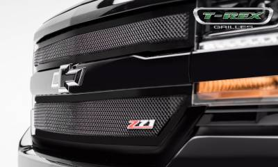 T-REX Grilles - Chevrolet Silverado 1500 Upper Class Series, Powder Coated Black, 2 Pc Main Grille Insert - Fits Z71 Only - Pt # 51124