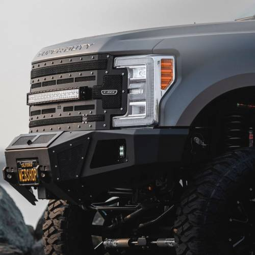 """T-REX Grilles - 2017-2019 Super Duty Torch Grille, Black, 1 Pc, Replacement, Chrome Studs with (1) 30"""" LED, Fits Vehicles with Camera - PN #6315371 - Image 3"""